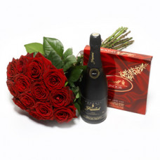 12 red rose bunch + Fruit Champagne + Lindt Lindor Box