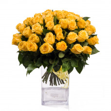 40 yellow roses in vase