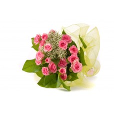 18 Desinger Bouquet of Pink Roses with Fillers in Net Pack