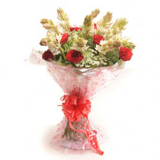 10 red rose 10 double rajnigandha bunch