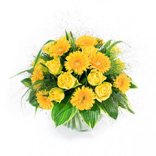 18 Yellow n Orange rose n gerbera in vase